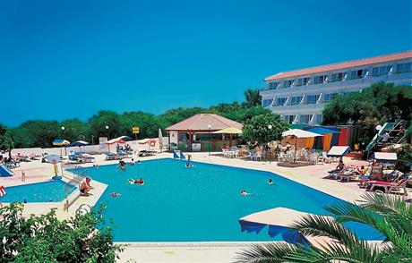Hotel Adelais Bay