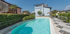 Aqua Resort Residence