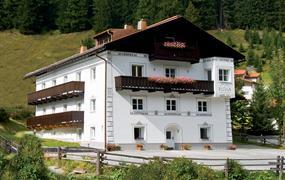 Apt. dům Fliana