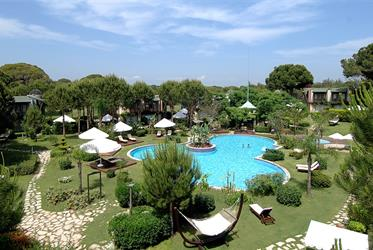 Hotel Gloria Verde