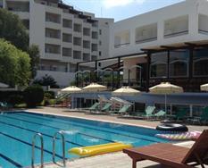 Pylea Beach Hotel ***