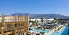 Hotel D'Andrea Lagoon Suites