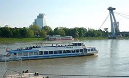 Bratislava, Hainburg, Děvín