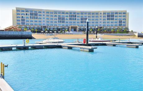 Hotel Millenium Resort Mussanah