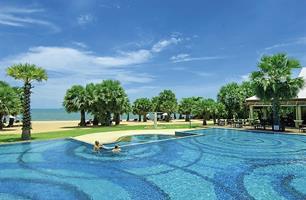 Resort Ravindra Beach Resort & Spa