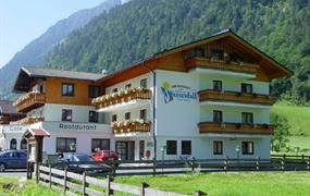 Hotel Wasserfall, Fusch