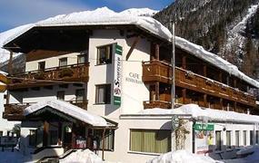 first mountain hotel Ötztal