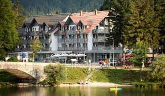 Hotel Jezero, 2 x nocleh + 2 x skipas