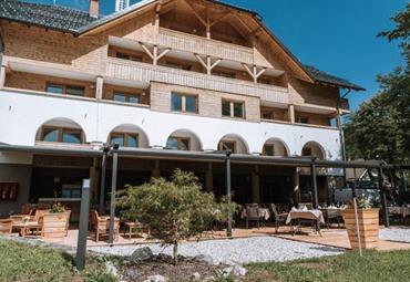 Aparthotel Triglav - jaro u jezera Bohinj, 2 noci