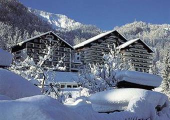 Bad Goisern, Alpenhotel Dachstein*** s bazénem