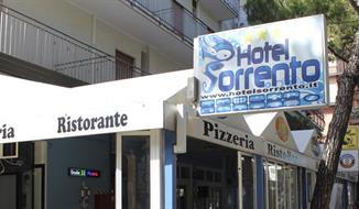 Lido di Jesolo - hotel Sorrento***, 1.dítě do 12.9 let ZDARMA