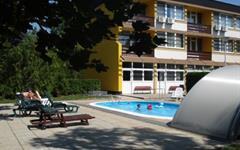 Balaton, Balatonfüred, hotel Lido*** s bazénem