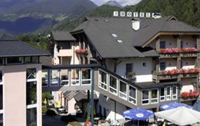 Flattach, hotel Flattacher Hof **** - léto s Korutanskou kartou