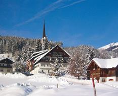 Gosau, Gasthof Kirchenwirt - zima ***