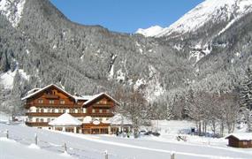 Flattach, Alpenhotel Badmeister*** speciální balíčky se skipasy