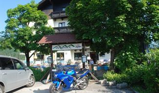 Bad Goisern, pension Bergblick - léto, speciální nabídka akce 4=3