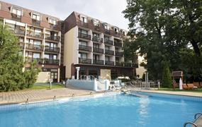 Sárvár, hotel Danubius Health Spa Rezort, speciální nabídka 4 noci=platba 3 noci
