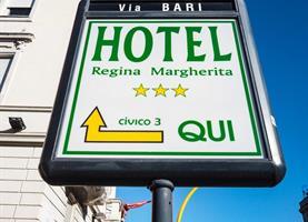 Řím -Regina Margherita***- letecký eurovíkend - Velikonoce