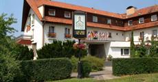 hotel Zvíkov***+ bungalovy, přímo u přehrady