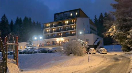 lyžování pod Pradědem, hotel Kamzík***