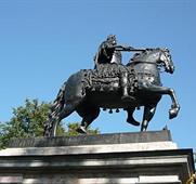 Petrohrad, za Polární kruh a Solovki