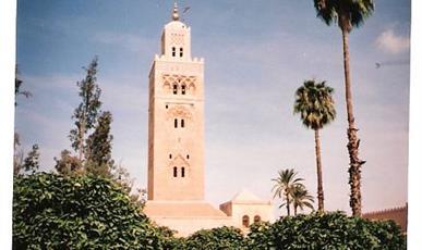 Marrakéš, Laayoune ***