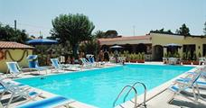 Rezidence La Fattoria s bazénem DI– Ricadi