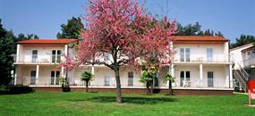 Apartmánový komplex Ai Pini Resort s bazénem TR – Medulin