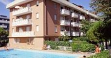 Rezidence Ghirlandina s bazénem – Porto Santa Margherita
