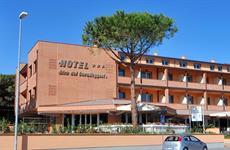 Hotel Riva dei Cavalleggeri s bazénem - Marina di Bibbona