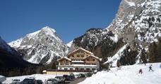 Hotel Tyrolia s bazénem - Rocca Pietore