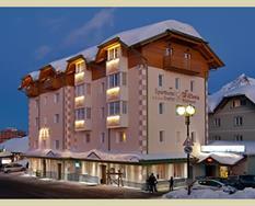 Sport hotel Vittoria s bazénem PIG- Passo Tonale ****
