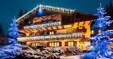 Hotel Lajadira s bazénem PIG- La Riva / Cortina d´Ampezzo