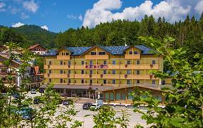 Hotel Caminetto Mountain Resort (exCimone)***s bazénem PIG- Bertoldi / Lavarone