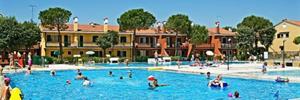 Villaggio Michelangelo s bazénem SO– Bibione Spiaggia