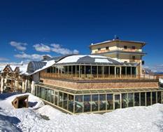 Hotel Montana s bazénem KL- Monte  Bondone/Vason ***