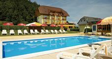 Hotel Turnersee s bazénem – St. Kanzian am Klopeiner See léto