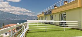 Hotel Internazionale s bazénem CH- Torri del Benaco