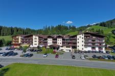 Lifthotel s bazénem - Kirchberg in Tirol léto
