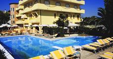 Hotel Rivadoro s bazénem PIG -Martinsicuro