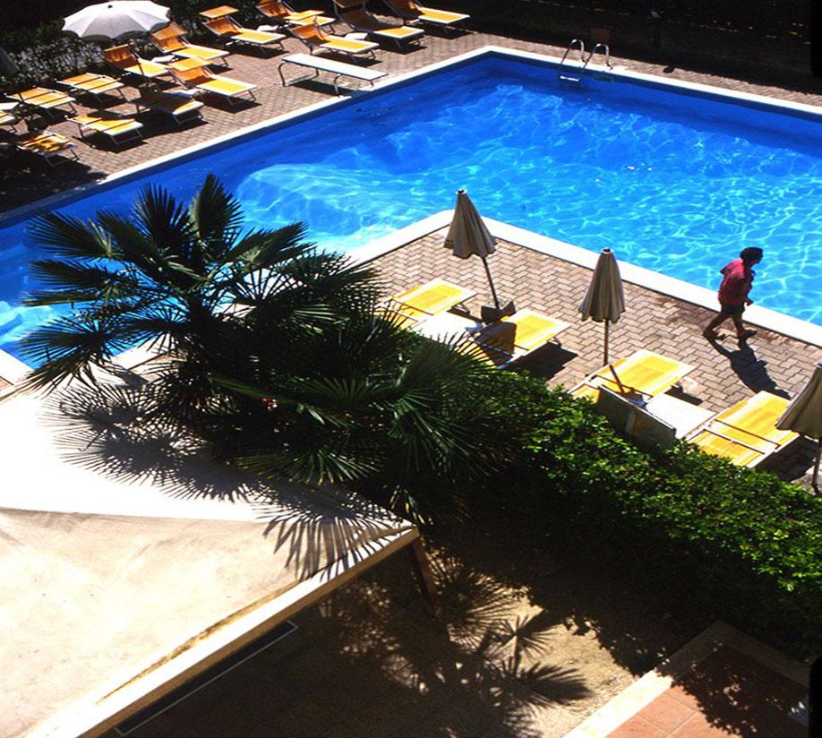 Hotel Rivadoro Martinsicuro Palmová Riviéra Itálie Levné Zájezdy
