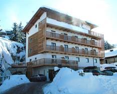 Hotel Chalet Caminetto PIG s bazénem – Monte Bondone ***