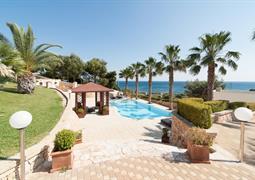 Vila Gregory s bazénem DI - Marina di San Gregorio