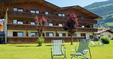 First Mountain Hotel Zillertal – Aschau im Zillertal léto