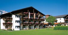 Hotel Edelweiß s bazénem – Götzens léto