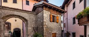 Genziana Albergo Diffuso Borgo Soandri – Sutrio / Julské Alpy