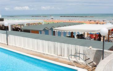 Hotel Leonardo da Vinci s bazénem PIG- Pesaro