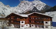 Familien- und Sporthotel Marco Polo Club Alpina s bazénem – Maria Alm
