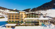 Harmony Hotel Harfenwirt s bazénem – Wildschönau-Niederau