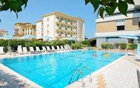 Hotel Caesar s bazénem